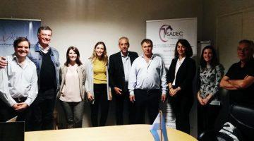 Reunión con representantes de la industria